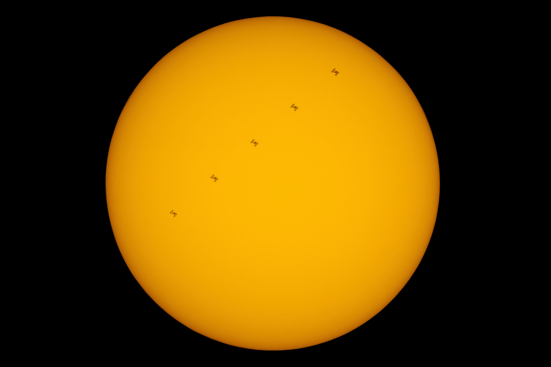 23kwi_ISS_SunG1148.png