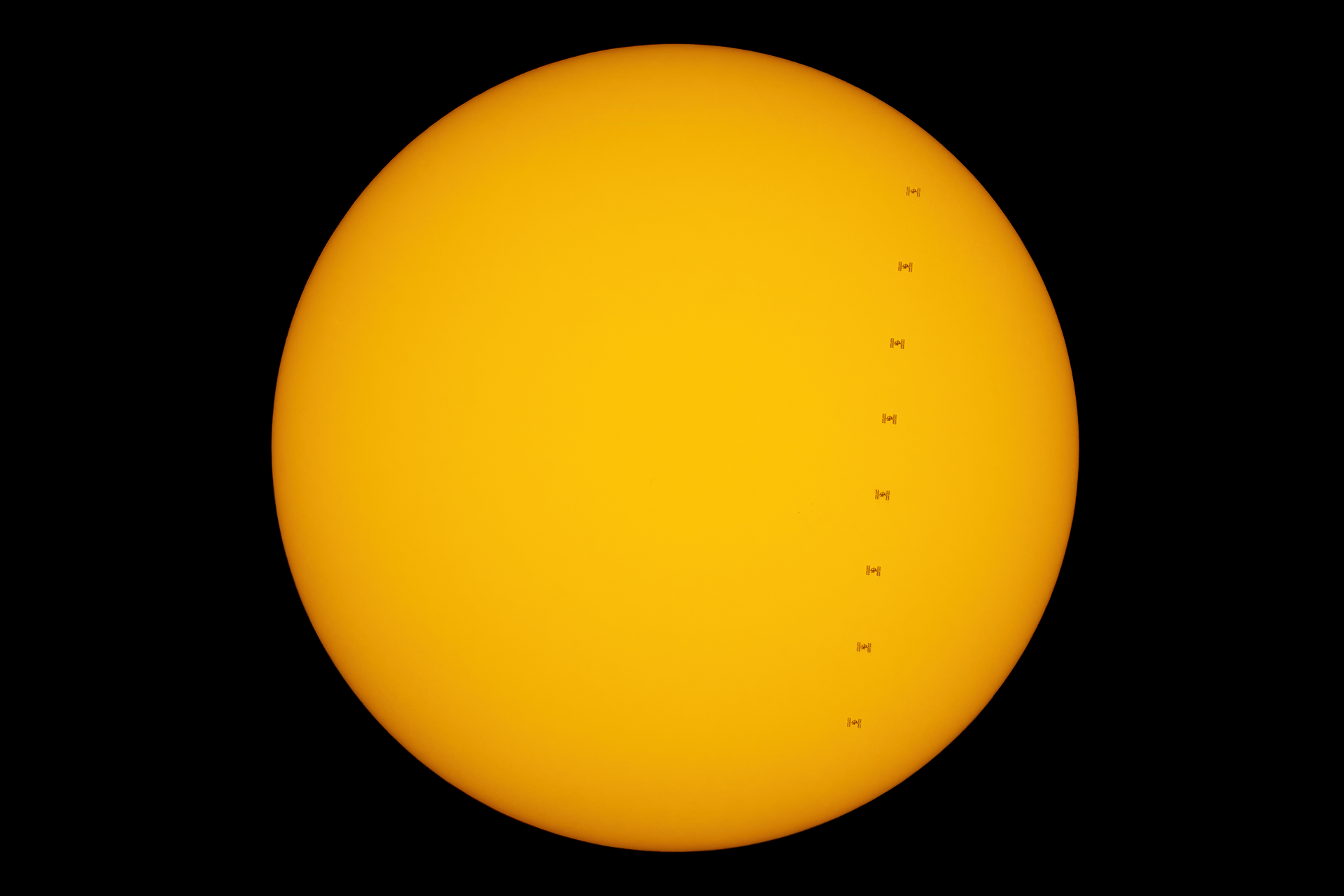 28kwi20_ISS_SunG0927.png